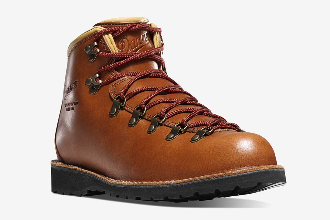 7da868ee3bb The 20 Best Hiking Boots Of 2019   HiConsumption