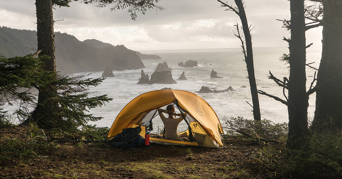 Hiker Housing: 10 Best Ultralight Camping Tents For Adventure