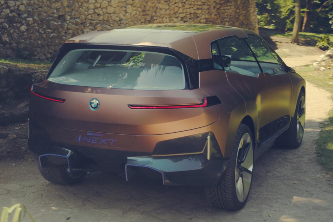 BMW Vision iNext   HiConsumption