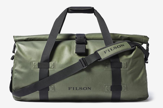 12 Best Waterproof Duffel Bags For Men  bfc58820e4435