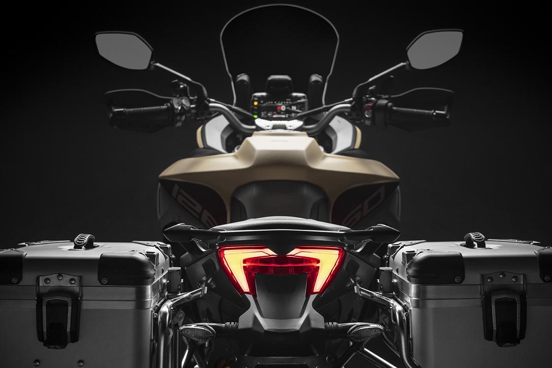 [Imagem: 2019-Ducati-Multistrada-1260-Enduro-4.jpg]
