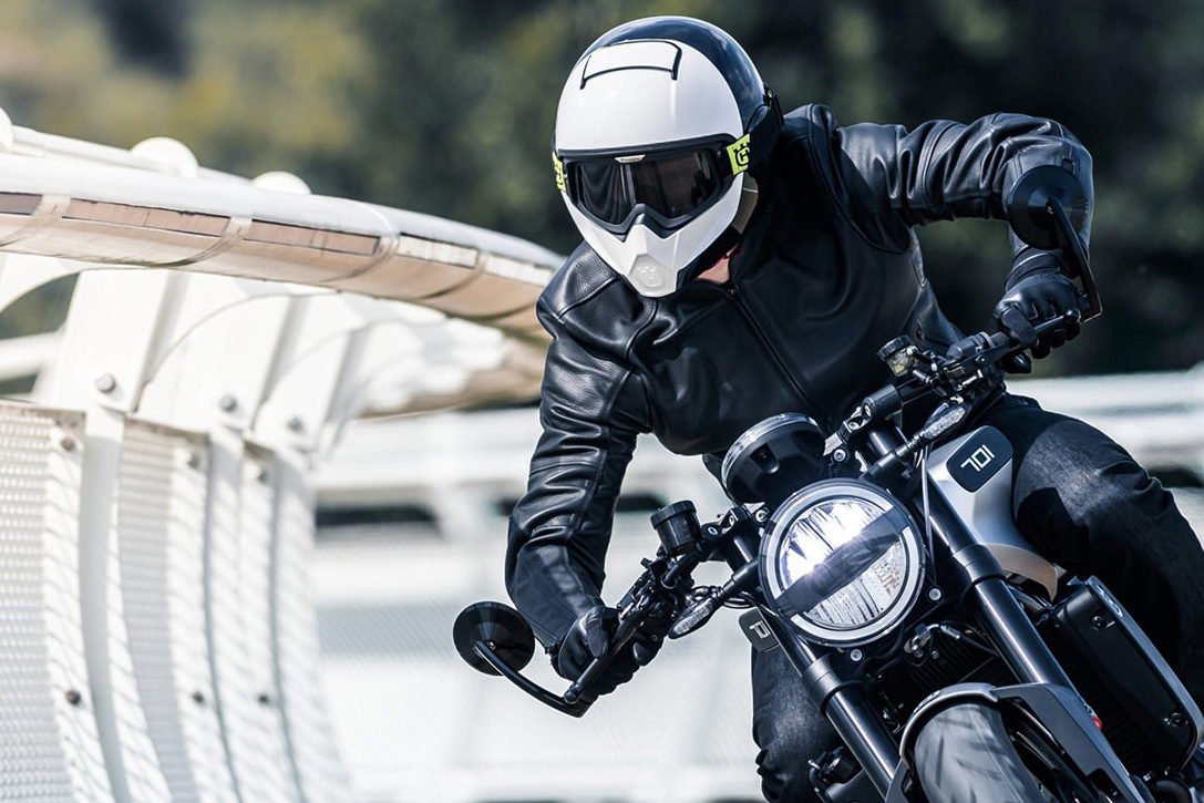 Skull Buckets: 15 Best Full-Face Motorcycle Helmets | HiConsumption