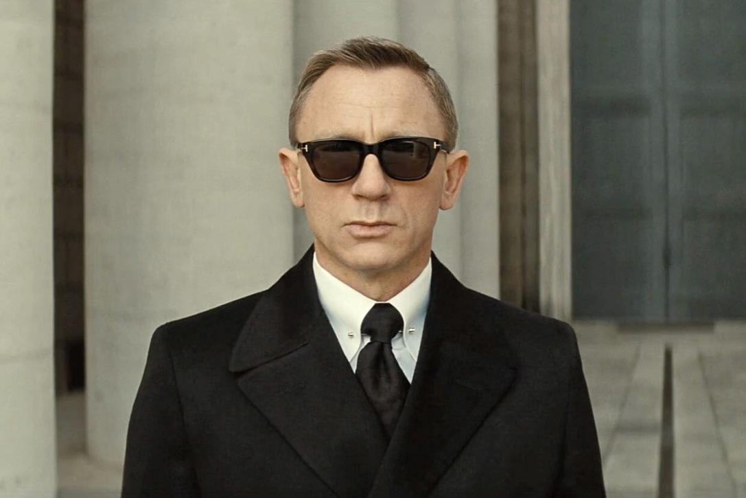 f920302314e Slick Shades  15 Best Wayfarer Sunglasses For Men