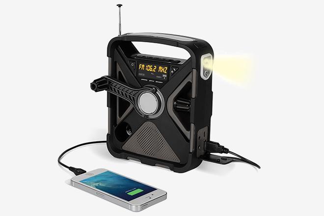 10 Best Emergency Radios Of 2018 | HiConsumption