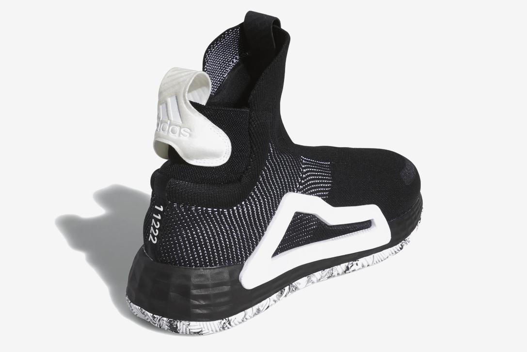 saingi-nike-ini-nih-sepatu-futuristik-versi-adidas