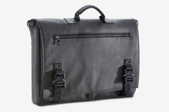 The 20 Best Messenger Bags For Men  0bda236df46d9