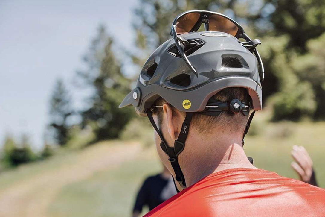 52a71e702863a Oakley DRT5 MTB Helmet