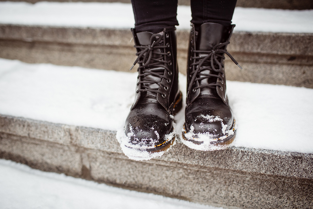 Care Of Leather Boots In Winter