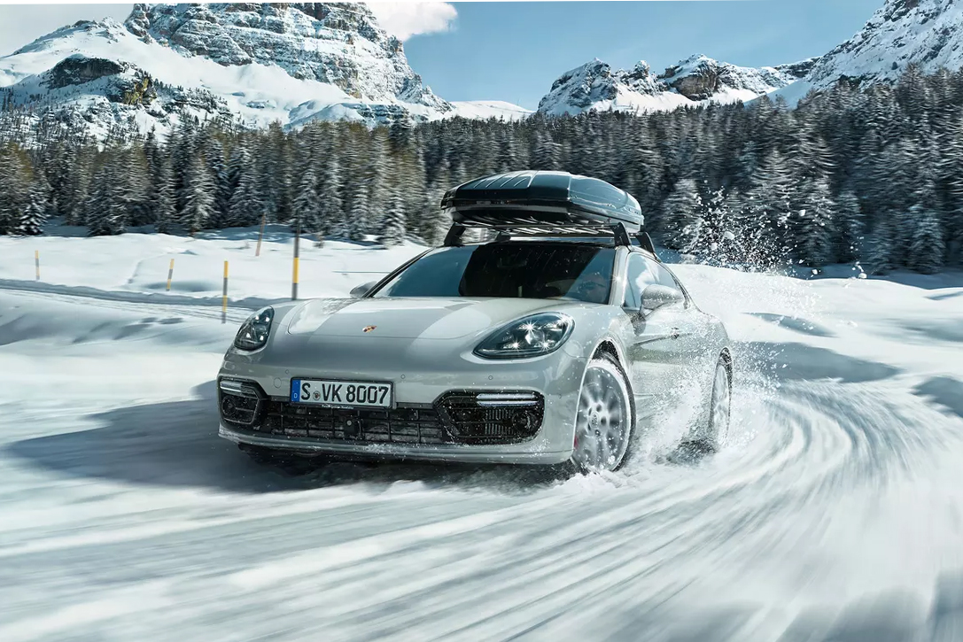 all weather autos 12 best cars for winter hiconsumption. Black Bedroom Furniture Sets. Home Design Ideas