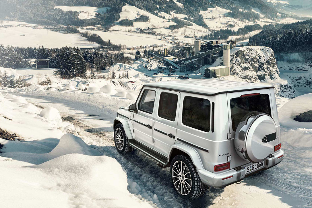 Best Suv For Snow 2019 Superior Sleds: 10 Best Luxury SUVs For Winter | HiConsumption