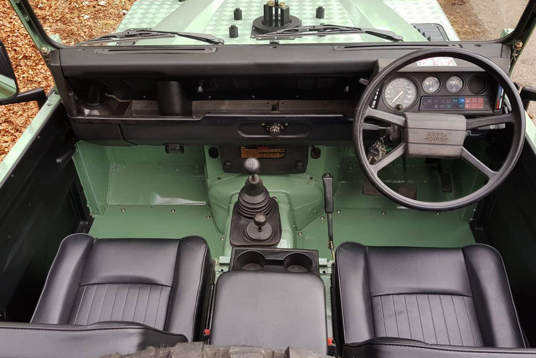 1993 Land Rover Defender 90 Pickup Hiconsumption