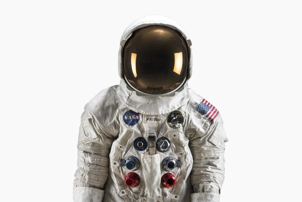 nasa apollo 11 space suit - photo #11