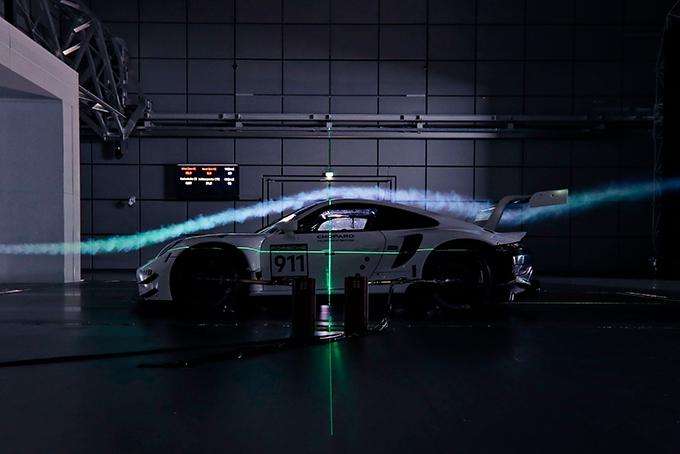2019-Porsche-911-RSR-Race-Car-4.jpg