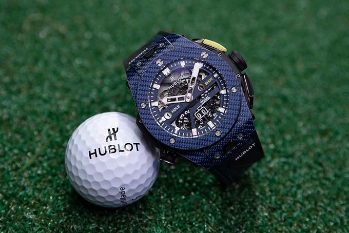 Hublot-Unico-Golf-Blue-Carbon-Watch-4.jpg