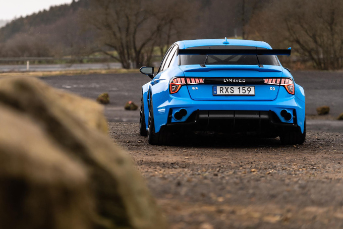 Lynk-And-Co-03-Cyan-Concept-4.jpg