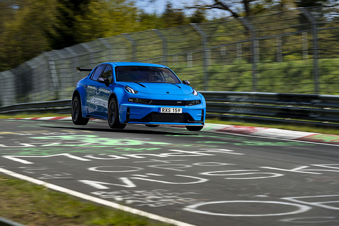 Lynk-And-Co-03-Cyan-Concept-5.jpg