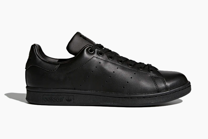 black leather tennis shoes mens