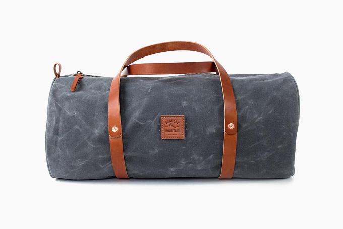 Blue Canvas Duffle Bag with Brown Shoulder Strap Gentlemens/' Hardware