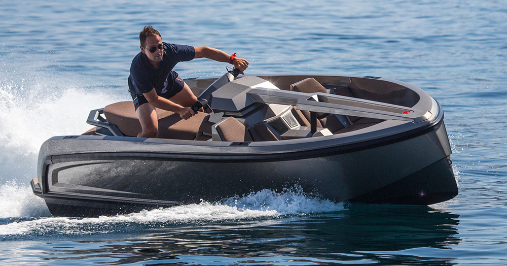 This 200HP Hybrid Waverunner-Dayboat Marries Luxury And Leisure