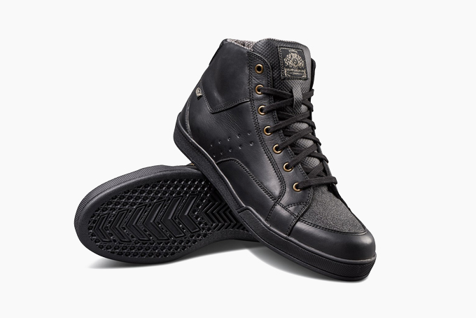 8 Best Motorcycle Riding Shoes of 2020