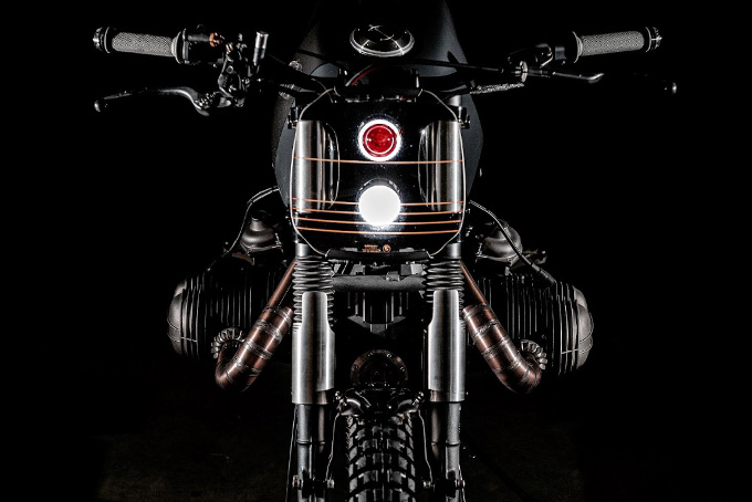 [Imagem: BMW-R100RS-Scrambler-Prometheus-By-VooDoo-Garage-3.jpg]