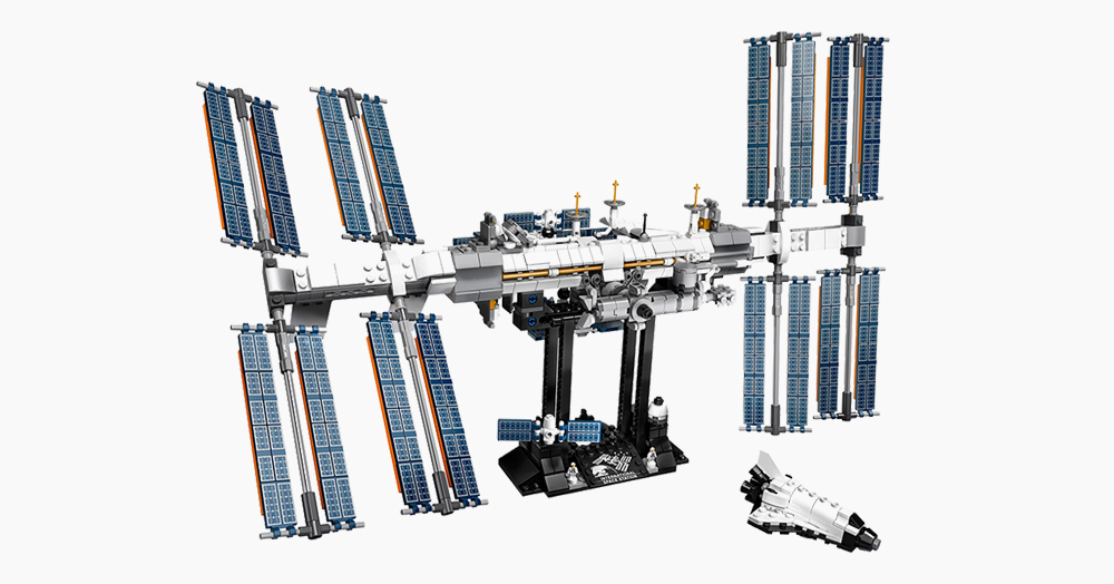 Head Into Orbit With LEGO's 864-Piece International Space Station Set