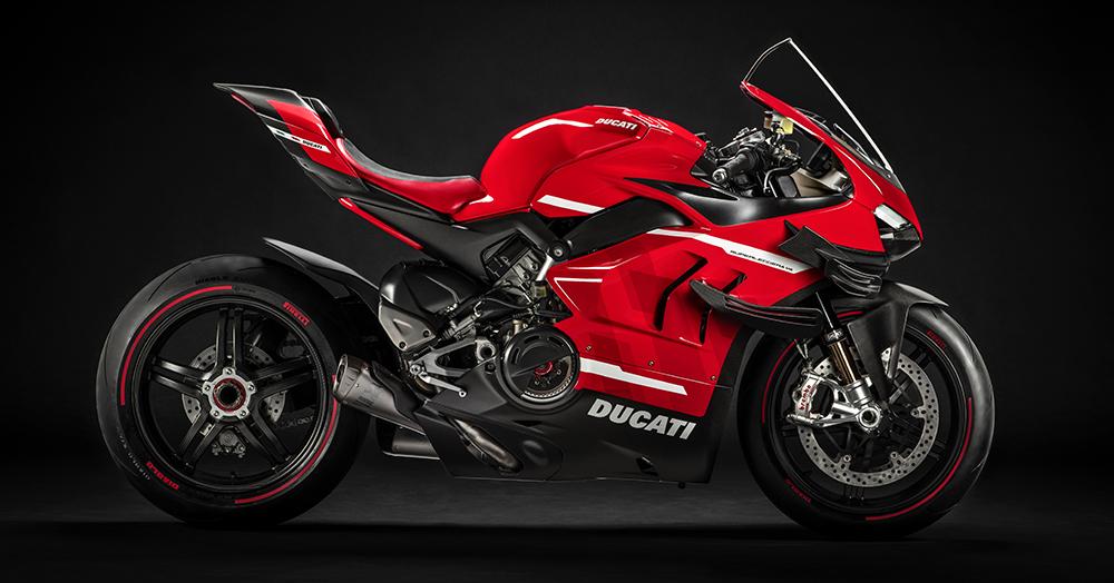 Ducati's Raises The Superbike Bar With A 350LB, 234HP Superleggera V4