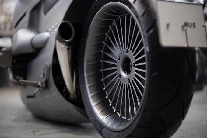 [Imagem: BMW-R-nineT-By-Zillers-Garage-3.jpg]