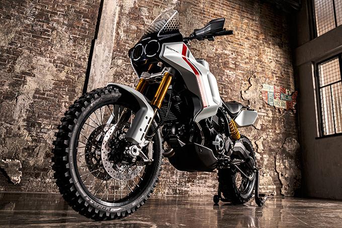 [Imagem: Ducati-Scrambler-Motard-and-DesertX-Concepts-1.jpg]