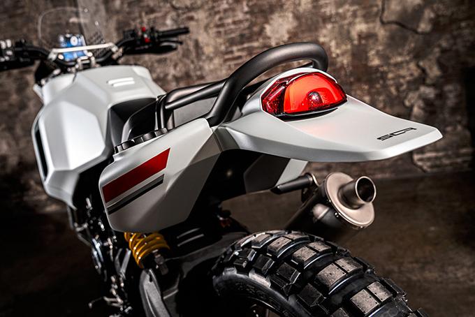[Imagem: Ducati-Scrambler-Motard-and-DesertX-Concepts-3.jpg]