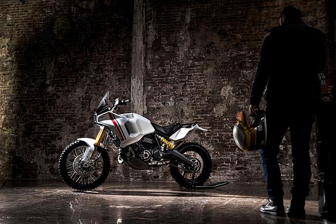 [Imagem: Ducati-Scrambler-Motard-and-DesertX-Concepts-5.jpg]