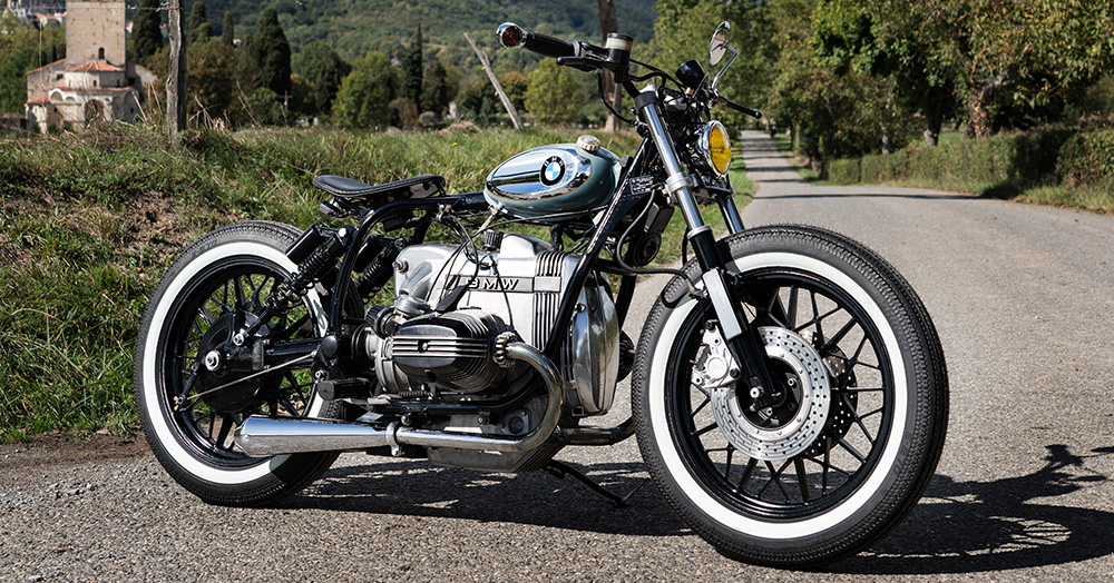 This French-Built Bobber Perfectly Captures Midcentury Moto Design